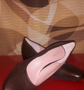 Туфли женские 41раз. Rockport