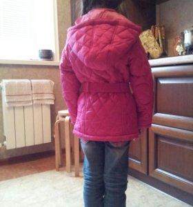 Новая. курточка на 6л