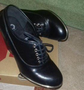 Женские ботинки 38-39 размер