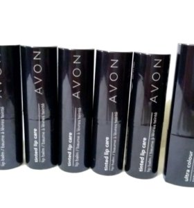 Бальзамы для губ с оттенком от Avon в ассортименте
