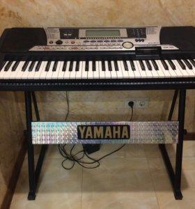 Синтезатор Yamaha PSR-550