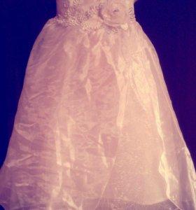 Платье на прокат.