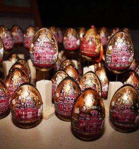 Сувенирные деревянные яйца ручной работы
