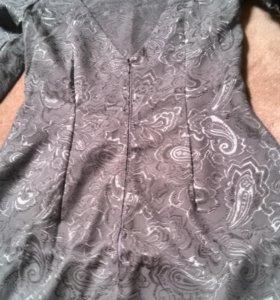 Красивое платье р. 44-46.