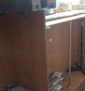 Шкафы для магазина одежды