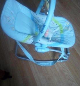 Детский шезлонг(кресло-качалка)