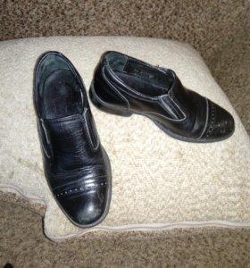 Туфли кожаные муж. 31 размер