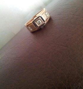 Срочно! Золотое кольцо (печатка) с бриллиантами