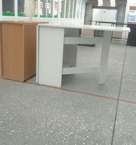 Столы тумба в ассортименте,  есть 3_Х метровые.