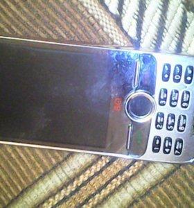 Телефон BQ с металлическим корпусом,две сим карты