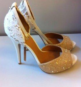 Кожаные туфли Klimini 39 размер