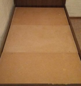 Кровать односпалка с матрасом 90 на 190