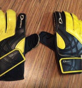 Перчатки для футбола детские