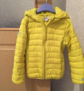 Продаю куртку на девочку, рост 116