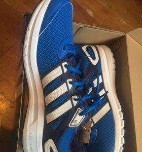 Adidas Кроссовки беговые новые 43 размер