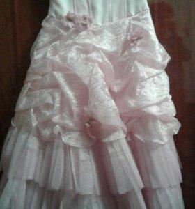 Пышное платье 7-9 лет для девочки