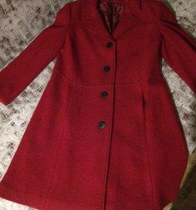 Пальто, совершенно новое