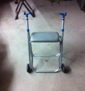 Прогулочный  стульчик