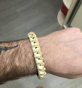 Браслет из костей змеи
