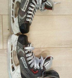 Хоккейные коньки геливые (профессиональные)б/у 36