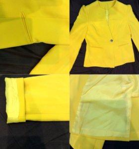 Пиджак желтый 46-48-50 размер
