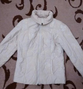 Утепленная демисезонная куртка размер S-M