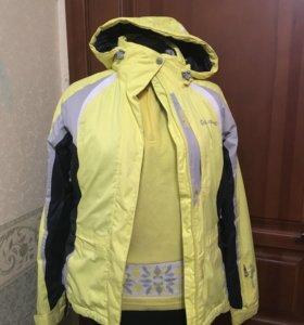 Горнолыжная куртка с толстовкой из одной серии