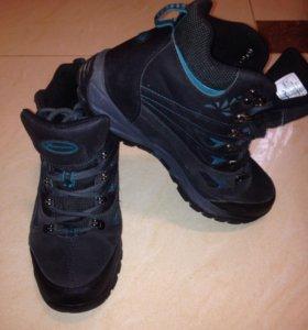Ботинки зимние р-р 39