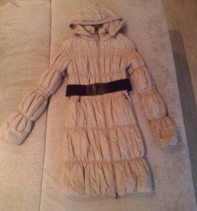 Болоневое пальто 44 размер.