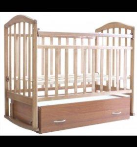 Детская кроватка маятник ( с матрасом)