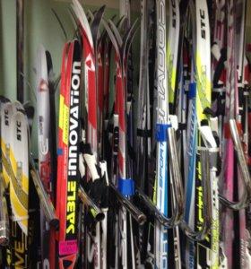 Беговые лыжные комплекты, палки, ботинки