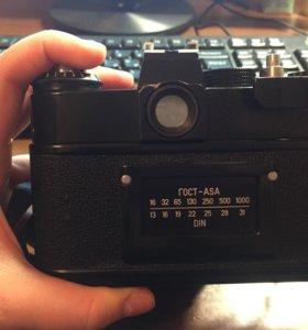 Фотоаппарат пленочный зенит-11