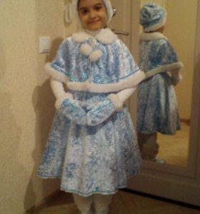 Прокат, новогоднего костюма Снегурочки 500 р сутки