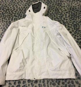 Oakley- сноуборд. куртка