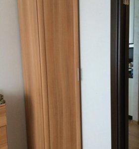 3 шкафа+ комод
