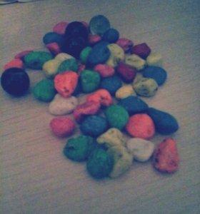 Камушки разноццветные для аквариума