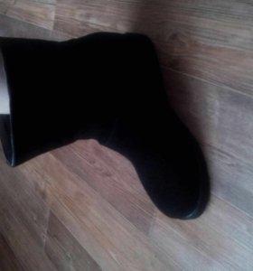Новые ботинки 41-42