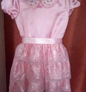 Платье норядное