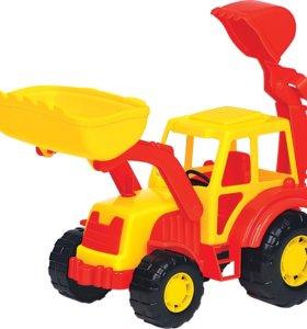 Трактор Новый