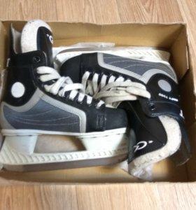Хоккейные коньки спортивная коллекция
