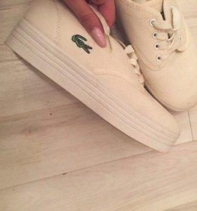 Срочно продам Обувь Lacoste