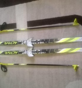 Лыжи с палками 150 см