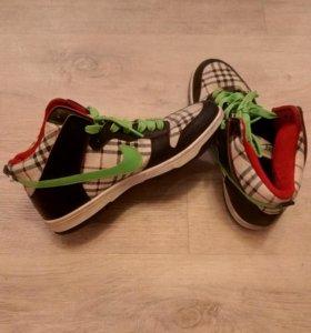 Кросовки Nike 39 размер