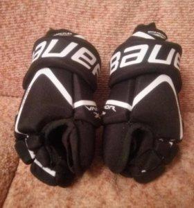 Детские хоккейные краги Bauer