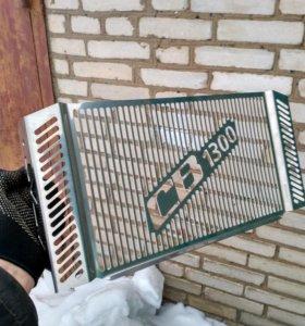 Решетка радиатора cb1300