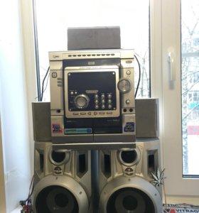 Музыкальный центр LG (караоке) LM-K6530