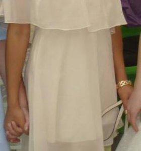 Платье летнее, хорошо подойдет для выпускного