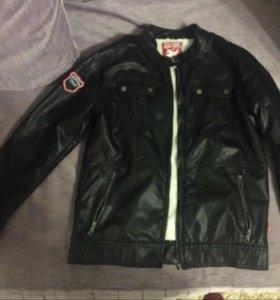 Куртка из эко-кожи для мальчика