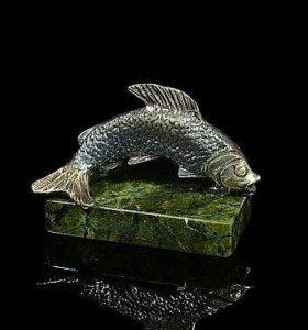 Рыбка из бронзы