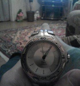 Часы QMAX
